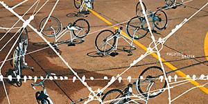 2010: Fahrrad im Stapel (DINlang)